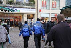 Pelz Polizei unterwegs in Berlin. Foto: Deutsches Tierschutzbüro e.V.