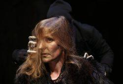 """Etta Streicher in """"Rabe. Chronik eines Halunken"""". Foto: Thilo Neubacher"""
