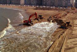 """Sandaufschüttung in Miami, Florida. Bild aus """"Sand – die neue Umweltzeitbombe"""". Foto: Rappi Productions"""