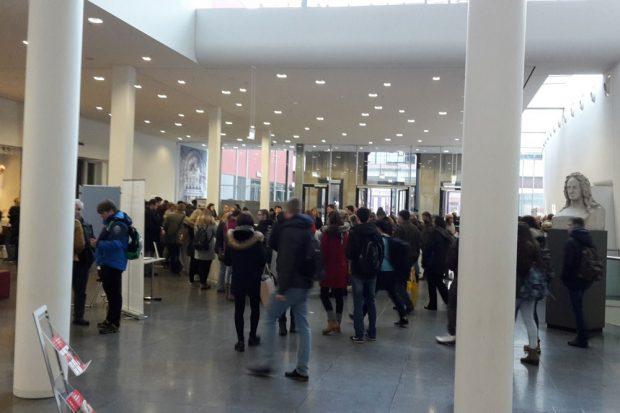 Tag der offenen tür uni  Leipziger Internet Zeitung: Viel Trubel auf dem Uni-Campus beim ...