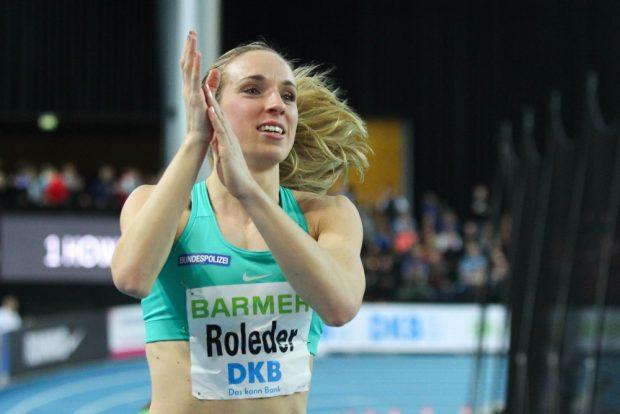 Cindy Roleder (SV Halle) auf ihrer Ehrenrunde nach neuer persönlicher Bestzeit. Foto: Jan Kaefer