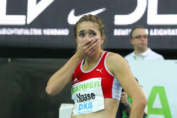 Fassungslos über sich selbst - Rebekka Haase (LV 90 Erzgebirge) läuft über 200m persönliche Bestzeit. Foto: Jan Kaefer