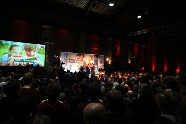 Der Saal schon vor Martin Schulz proppevoll. Foto: L-IZ.de