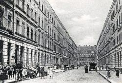 In Lindenau entstehen die bis heute aus vielen Leipziger Stadtquartieren bekannten Mietskasernen. Hier ein Blick in die frühere Weststraße, einem Teil der heutigen Friedrich-Ebert-Straße. Foto: Pro Leipzig Verlag