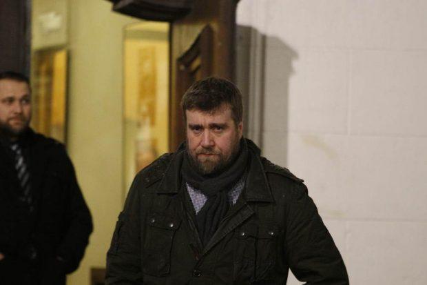 Noch an der Tür: Der parlamentarische Geschäftsführer der AfD in Sachsen Uwe Wurlitzer. Foto: Alexander Böhm