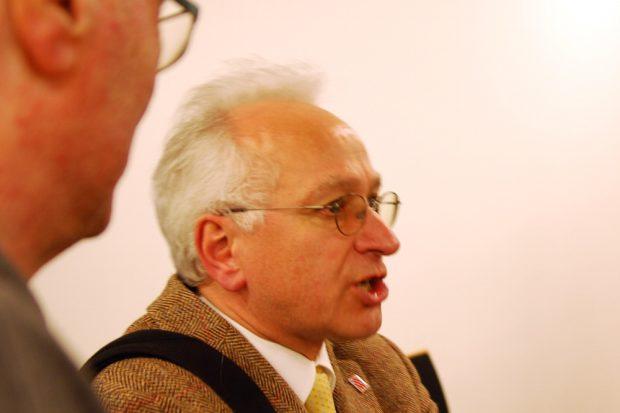 Ein streitbarer Leipziger Ex-Pfarrer Christian Wolff im Gespräch. Foto: L-IZ.de