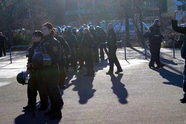 Entspannter Einsatz für die Polizei. Foto: Andreas Bernatschek