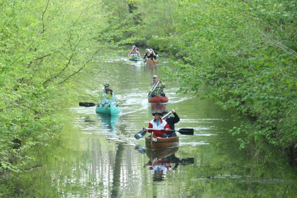 Herzstück der Kurse im WTNK: der Floßgraben. Foto: Ralf Julke