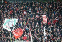Auswärtsrekord der RB Fans mit 8.000 und unsaubere Aktionen seitens der BVB-Fans am 4. Februar 2017 in Dortmund. Foto: GEPA pictures/ Roger Petzsche