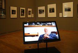 Mediennutzung in der Rössler-Ausstellung des Stadtgeschichtlichen Museums. Foto: Ralf Julke