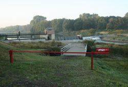 Das Rosentalwehr regelt den Zufluss zur Neuen Luppe. Foto: Ralf Julke