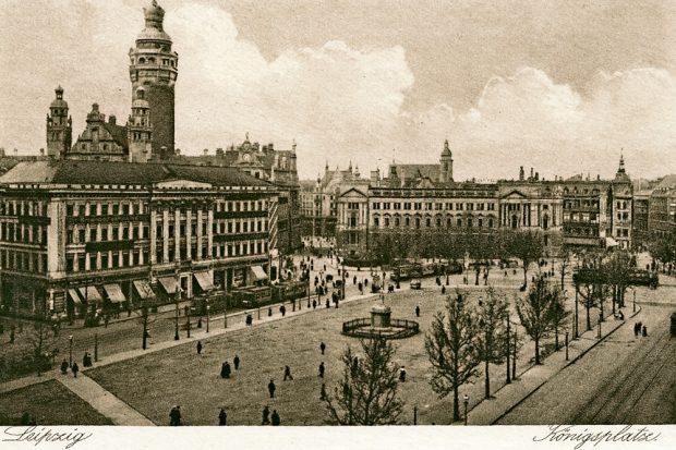 Ausdruck monarchischer Vergangenheit in der Weimarer Republik - der Königsplatz - heute Wilhelm Leuschner Platz. Foto: Pro Leipzig Verlag