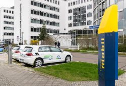 Carsharing-E-Fahrzeuge an der teilAuto-Station am Technischen Rathaus. Foto: teilauto.net