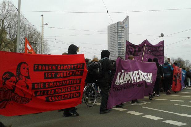 Mit 1.000 Menschen gegen das Patriarchat: Demo in Leipzig. Foto: René Loch