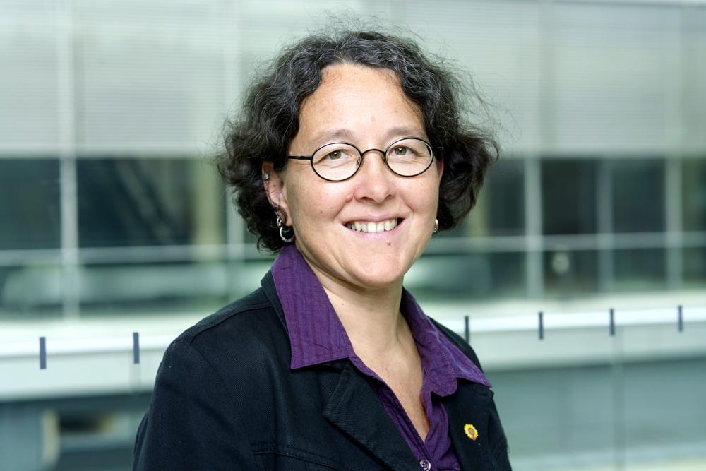 Monika Lazar ist 1967 in Leipzig geboren und gelernte Bäckerin & Betriebswirtin. Seit 2004 ist sie Mitglied des Deutschen Bundestages. Foto: B90/Die Grünen