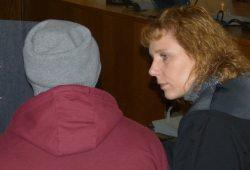 Teilweise freigesprochen, aber viereinhalb Jahre wegen Vergewaltigung: Der mutmaßliche Täter mit seiner Verteidigerin Aline Luderer. Foto: Lucas Böhme