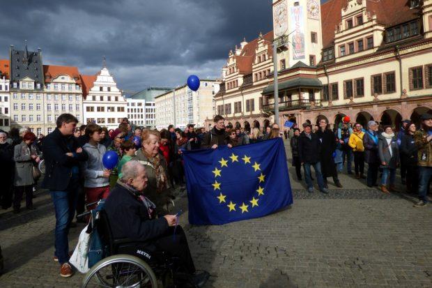 Die erste Pulse of Europe in Leipzig. Kommenden Sonntag folgt Runde 2. Foto: Lucas Böhme