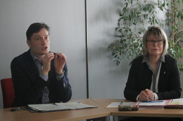 Umweltbürgermeister Heiko Rosenthal und Amtsleiterin Angelika Freifrau von Fritsch Foto: Sebastian Beyer