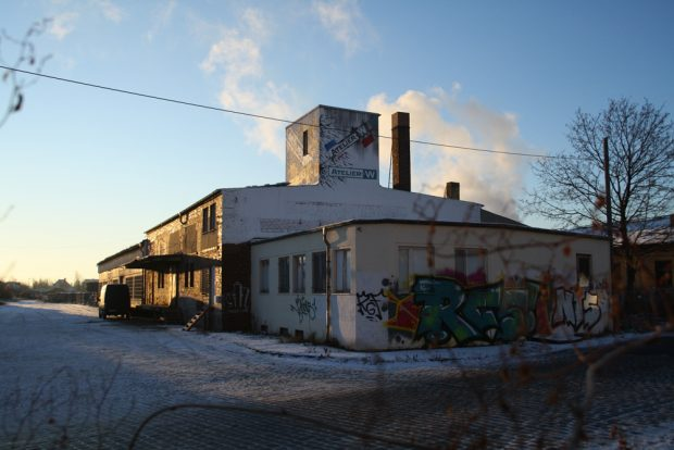 Auch 30 Prozent Gewerbe wird es auf dem Gelände des Freiladebahnhofs künftig weiter geben. Foto: Ralf Julke
