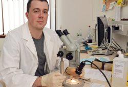 Marcus Schwarz, Forensischer Entomologe am Institut für Rechtsmedizin der Medizinischen Fakultät der Universität Leipzig. Foto: Medizinische Fakultät, Universität Leipzig