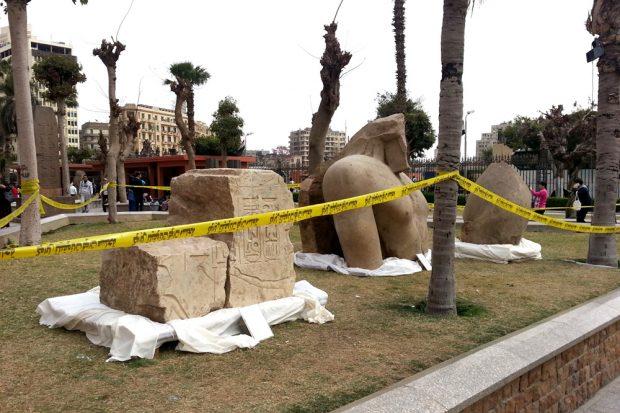 Die Teile der Statue sind jetzt im Garten des Ägyptischen Museums in Kairo zu sehen. Foto: Universität Leipzig