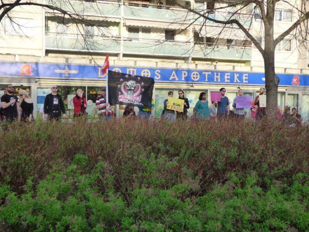 Gegendemonstranten protestierten in Hör -und Sichtweite des AfD-Treffs. Foto: Lucas Böhme