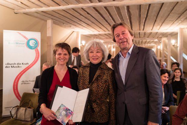 Anna-Barbara Schmidt (Geschäftsführerin IKMI), Tomoko Masur (Präsidentin IKMI), Jürgen Ernst (Geschäftsführender Vorstand Felix-Mendelssohn-Bartholdy-Stiftung). Foto: Christian Kern