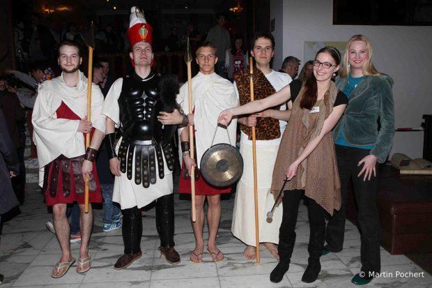 Im Ägyptischen Museum und auch im Bach-Museum können die Besucher zur Museumsnacht in historische Kostüme schlüpfen und zum (Selbst-)Darsteller werden. Foto: Martin Pochert