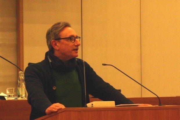 Tim Elschner (Grüne) zur Neuausrichtung der LWB für die kommenden Jahre. Foto: L-IZ.de