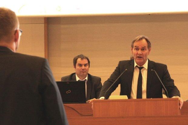 Norman Volger (Grüne) im Disput mit OB Burkhard Jung. Foto: L-IZ.de