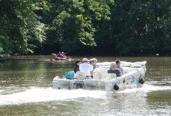 Boote auf der Weißen Elster. Foto: Ralf Julke