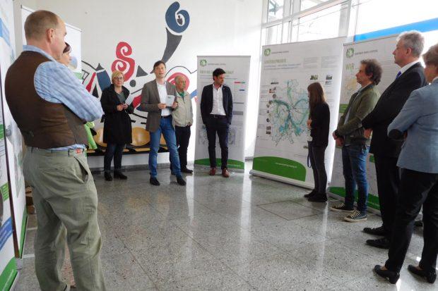 Ausstellungseröffnung mit Umweltbürgermeister Heiko Rosenthal. Foto: Grüner Ring Leipzig