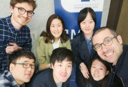 Sven Joosten (oben links), Student der HHL Leipzig Graduate School of Management, hat gemeinsam mit seinem Team den Wettbewerb des Global Network for Advanced Management gewonnen. Fotoquelle: privat
