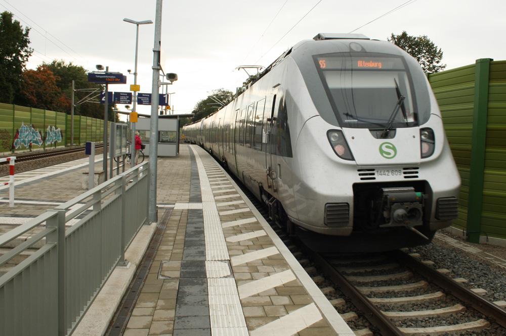 Warum nicht gleich in Altenburg wohnen und mit der S-Bahn pendeln? Foto: Ralf Julke