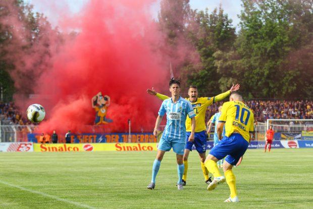 Regionalligist Lok bot dem Drittligisten aus Chemnitz ein leidenschaftlich geführtes Pokalfinale. Foto: Jan Kaefer