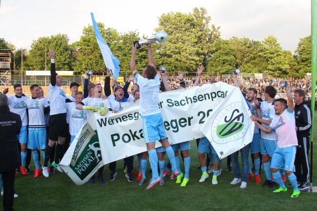 Mit einem knappen 2:1-Erfolg gegen Leipzig sicherte sich der CFC einmal mehr den Sächsischen Landespokal. Foto: Jan Kaefer
