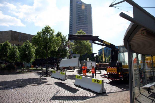 Auch das war der Kirchentag: Der Augustusplatz wird dichtgemacht. Foto: L-IZ.de