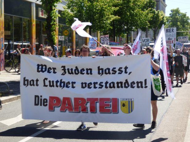 Die Demonstration startete am Connewitzer Kreuz. Foto: Lucas Böhme