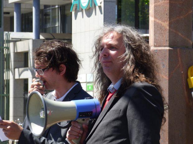 Die Parteimitglieder Tom Rodig (links) und Thomas Kumbernuß. Foto: Lucas Böhme