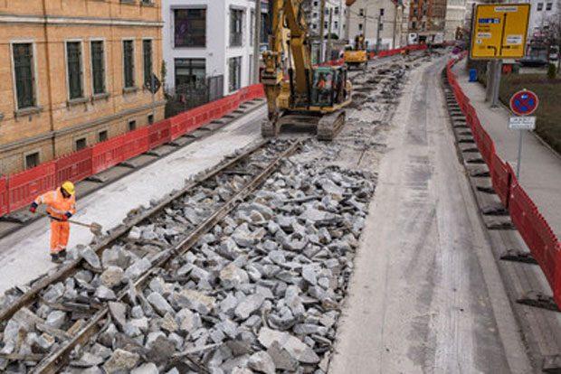 März 2017: Gleisaufbruch in der Holzhäuser Straße. Foto: Bertram Bölkow