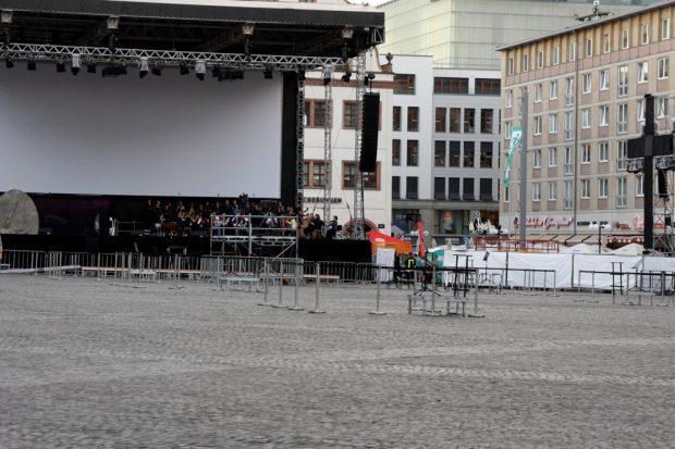 Keine Probe - Aufführung gegen 20 Uhr auf dem Marktplatz von Leipzig