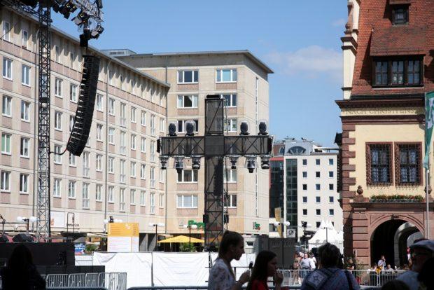 Kreuze auf dem Leipziger Marktplatz