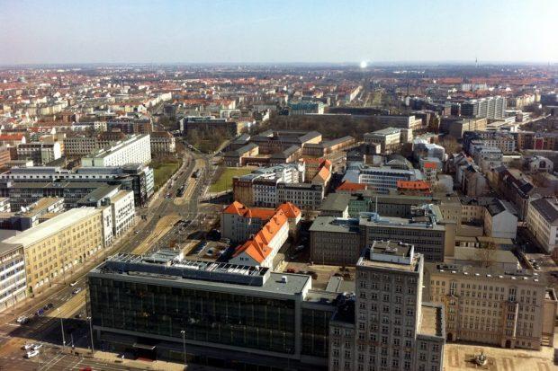 Mit dem wirtschaftlichen Erfolg Leipzigs kommen auch die Probleme. Panorama Zentrum, Blick Richtung Süd-Ost. Foto: L-IZ.de
