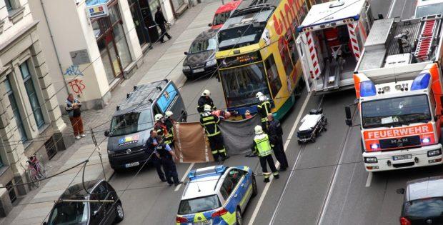 Ein Unfall am 1. Mai 2017. Eine 23 jährige Radfahrerin gerät mit einer Bahn aneinander. Foto: LZ
