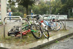 In Connewitz gestrandete Fahrräder. Foto: Ralf Julke