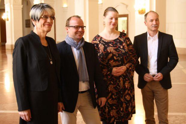 Die Freibeuter-Fraktion: Naomi-Pia Witte, René Hobusch, Ute Elisabeth Gabelmann und Sven Morlok. (v.l.) Foto: Ralf Julke