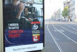 Selbst in der Zigarettenwerbung dominiert ein verlogenes Freiheitsbild. Foto: Ralf Julke