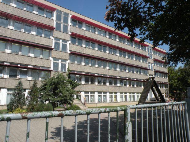 Soll wieder fit gemacht werden: die alte Erich-Kästner-Schule. Foto: Marko Hofmann