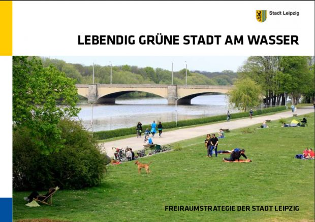 """Die Broschüre """"Lebendig grüne Stadt am Wasser"""". Cover: Stadt Leipzig"""