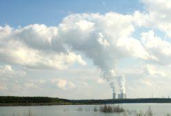 Das Kraftwerk Lippendorf im Leipziger Süden. Foto: Ralf Julke